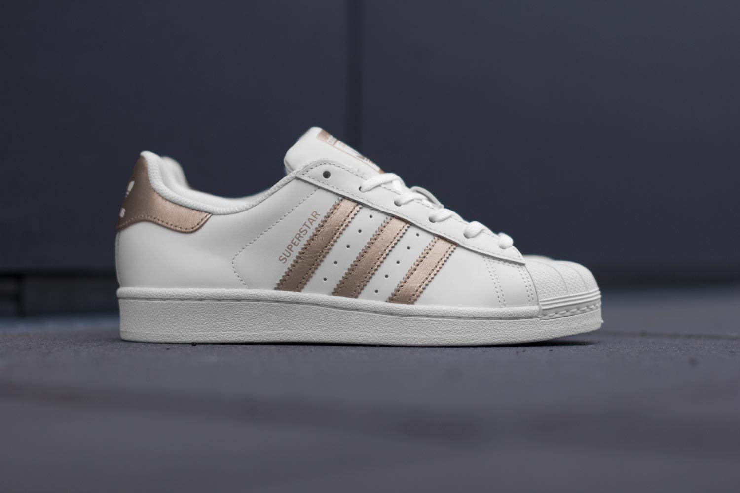 adidas superstar w chaussures couleur blanc cuivre