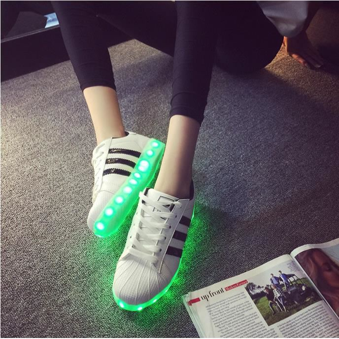 chaussure led adidas superstar